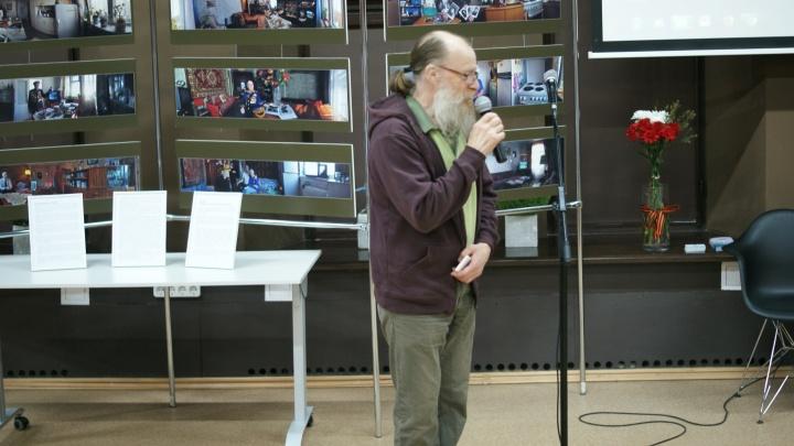 В библиотеке на Советской открылась фотовыставка о жизни ветеранов
