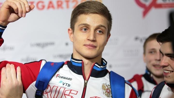 Новосибирский гимнаст вошёлв число лучших в трёх упражнениях после квалификации на чемпионате мира