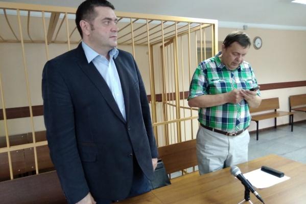Денис Кошурников сразу по окончании заседания суда стал свободным человеком