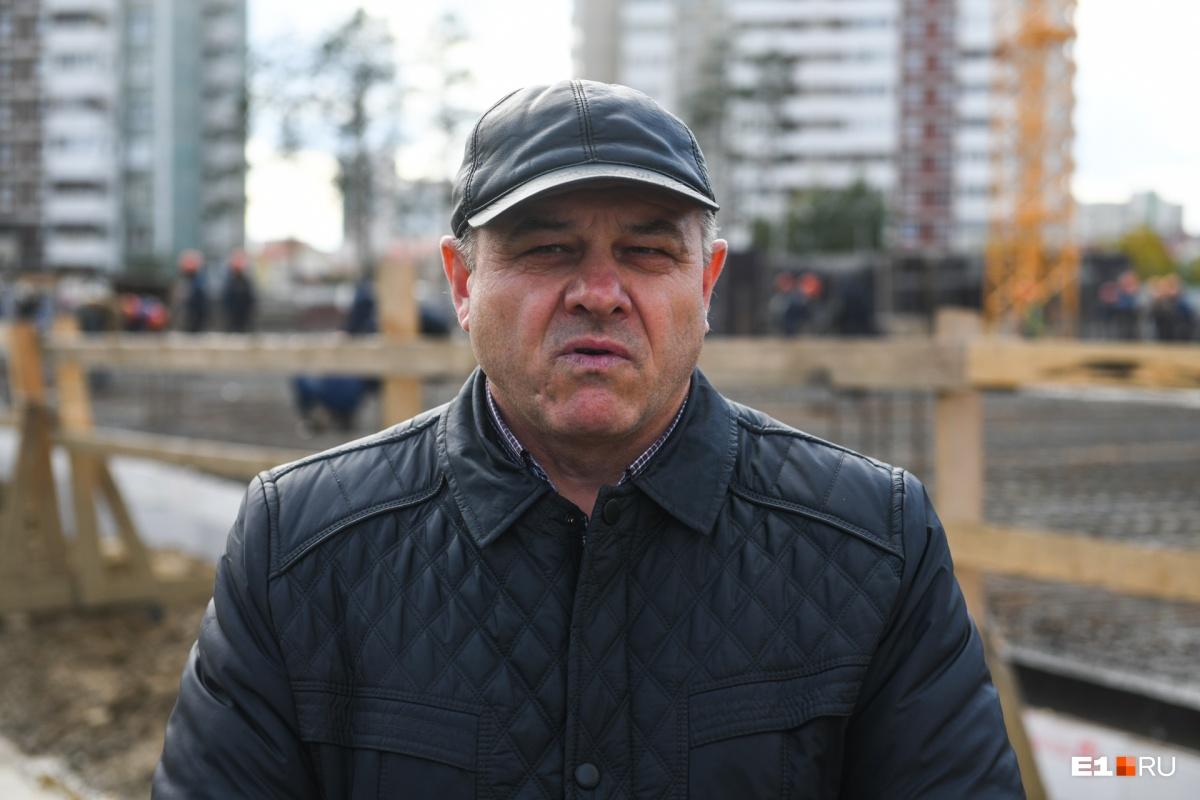Начальник производственно-технического отдела управления капитального строительства Александр Бочкарев