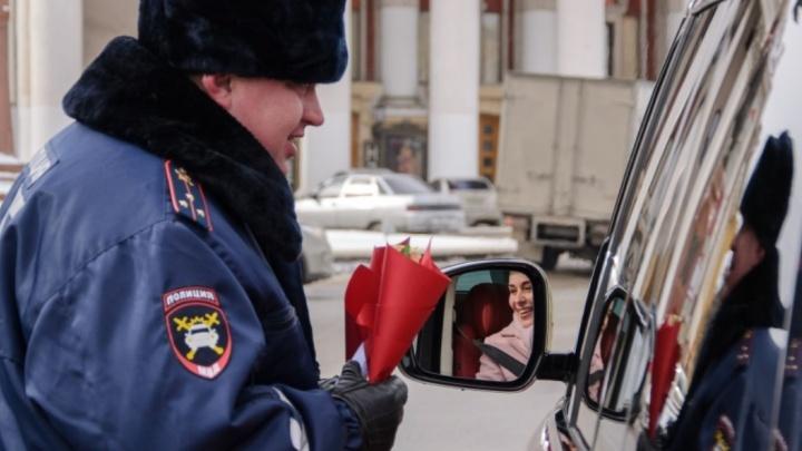 Кто самая смелая? Полицейские Волгограда назначили свидание женщинам за рулем