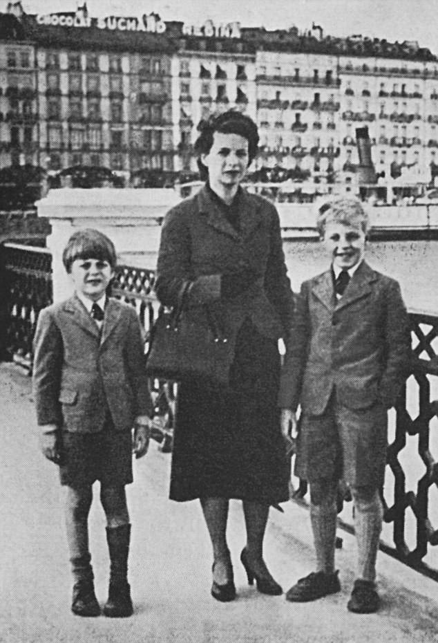 Мелинда Маклин с сыновьями
