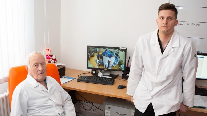 «Многие бросали — мы выстояли»: династии челябинских кардиохирургов вручили высшую врачебную награду