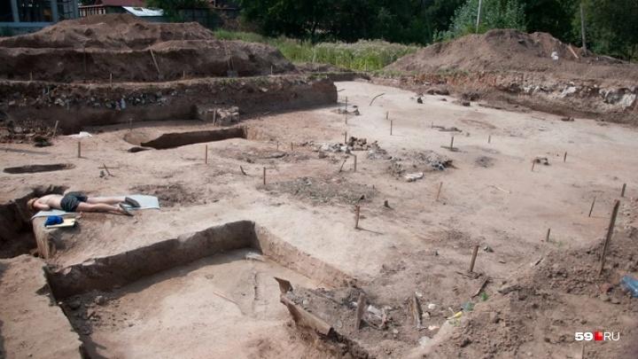 В центре Перми на месте будущей больницы обнаружили могилы первых жителей города