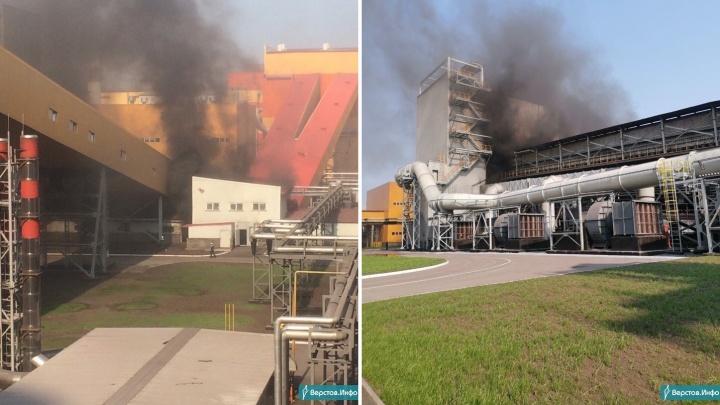 В Челябинской области загорелась аглофабрика, которую неделю назад открыл Владимир Путин