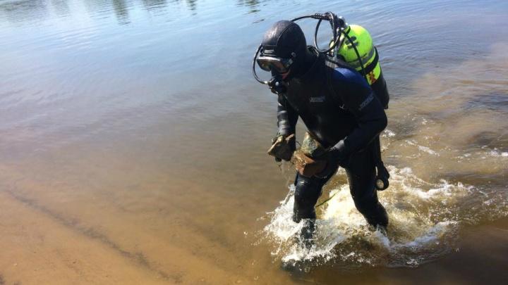 «Здесь будут купаться люди»: топ самых опасных вещей, которые нашли в реке на пляже