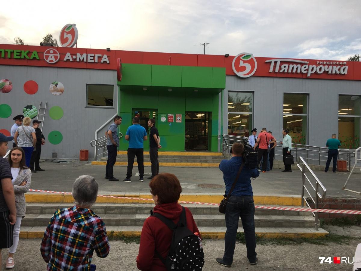Обрушение в магазине на Захаренко, 4 произошло около 19 часов понедельника