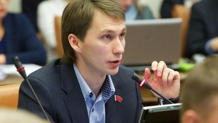 Осужденный за миллионную взятку экс-депутат Седов вышел на свободу