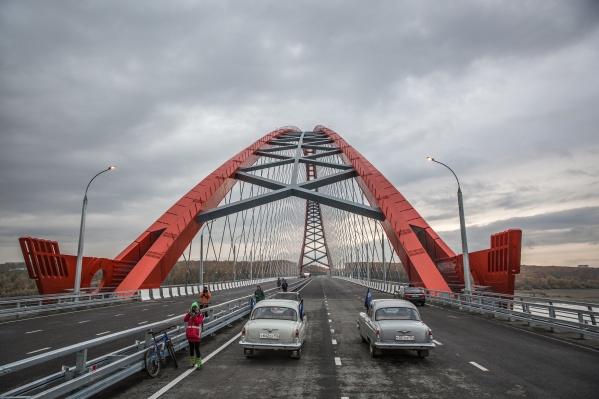 «Сибавтобан» участвовал в стройке Бугинского моста (на фото), Восточного обхода и ремонтировал улицы по проекту «Безопасные и качественные дороги»