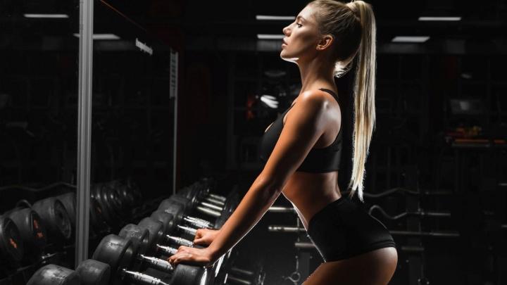 Известный фитнес-клуб начал продавать абонементы по цене ужина