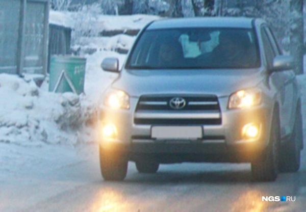 ГИБДД Кузбасса предупредила водителей оледяном дожде игололеде