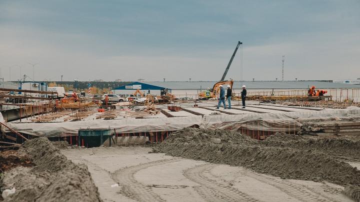 Клеверную развязку на пересечении Дамбовской и Мельникайте планируют достроить на год раньше