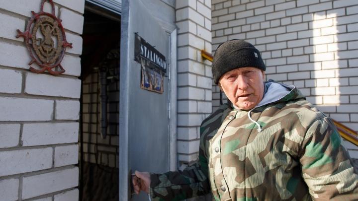 «Волгоград меня не знает»: генерал милиции создал в подвале уникальный музей Второй мировой войны