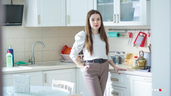 Сковороды сложить «матрешкой», а пакеты конвертом: UFA1.RU рассказывает, как навести порядок в кухне