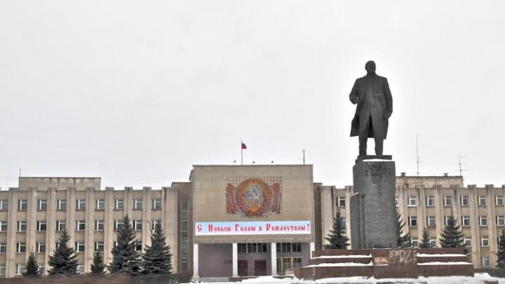 Взяли тёпленьким: кстовского депутата подозревают в присвоении 2,5 млн за отопление жилфонда
