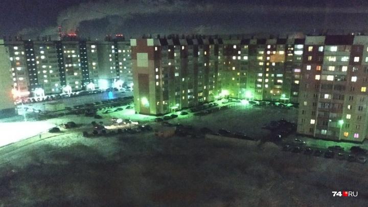 Из-за коммунальной аварии крупный микрорайон Челябинска остался без горячей воды и отопления