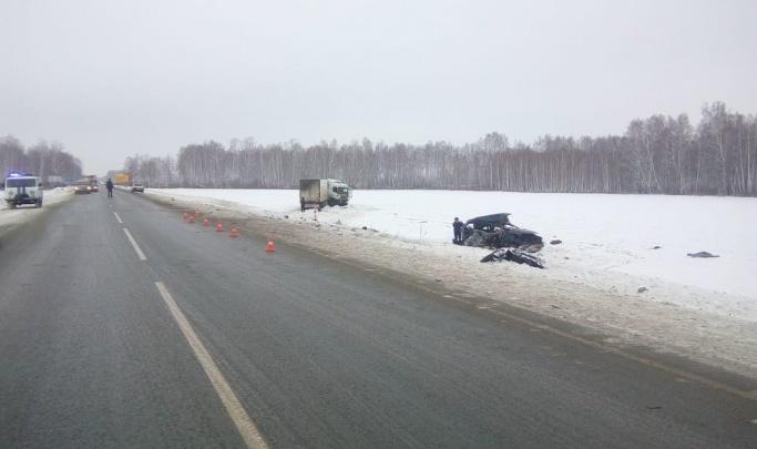 «Вместо асфальта лёд был»: появилось видео с моментом смертельного ДТП на трассеТюмень — Омск
