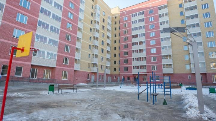 В Кольцово голодавшие пайщики добились сдачи своего дома — спустя три года после обещанного срока