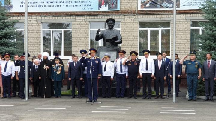 Александр Бастрыкин открыл в Волгограде крупнейший кадетский корпус Следственного комитета в России