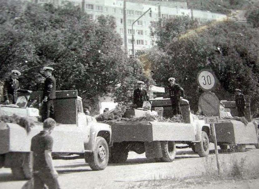 ПоÑороны членов экипажа К-429, поселок Рыбачий, лето 1983 года