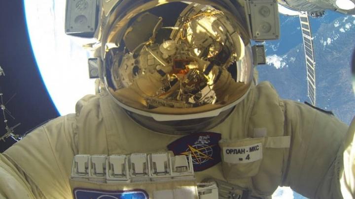 Екатеринбуржец Сергей Прокопьев выходит в открытый космос: смотрим в прямом эфире
