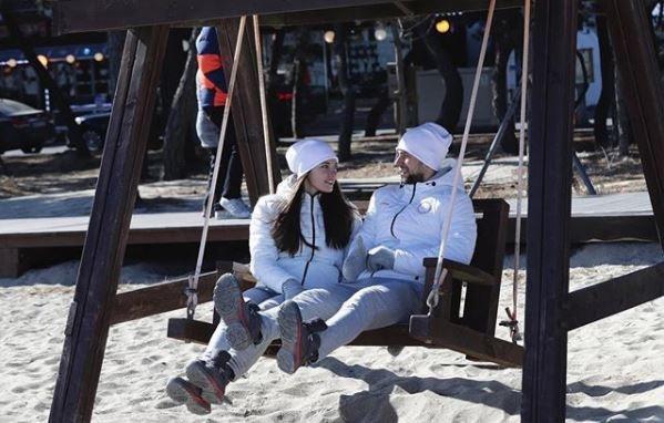 Пара российских кёрлингистов отдаст свои олимпийские медали