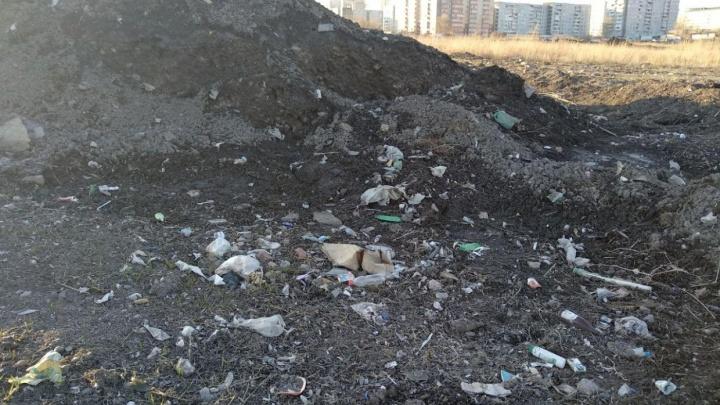 Свалку мусора на месте снегоотвала в «Солнечном» убрали, оставив вместо нее соскребенный грунт
