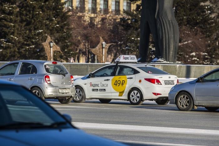 Самым популярным пунктом назначения у пассажиров такси оказался аэропорт Толмачёво
