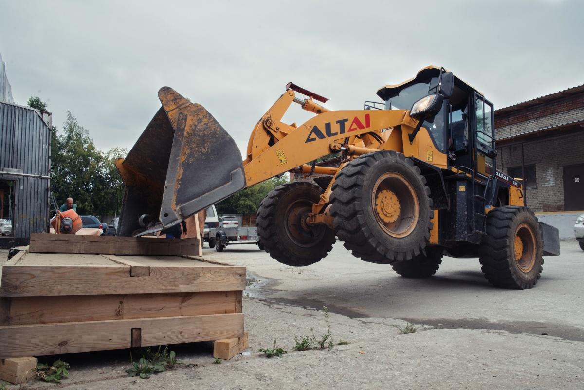 Волк не сдует: новосибирцы строят экодома из соломы