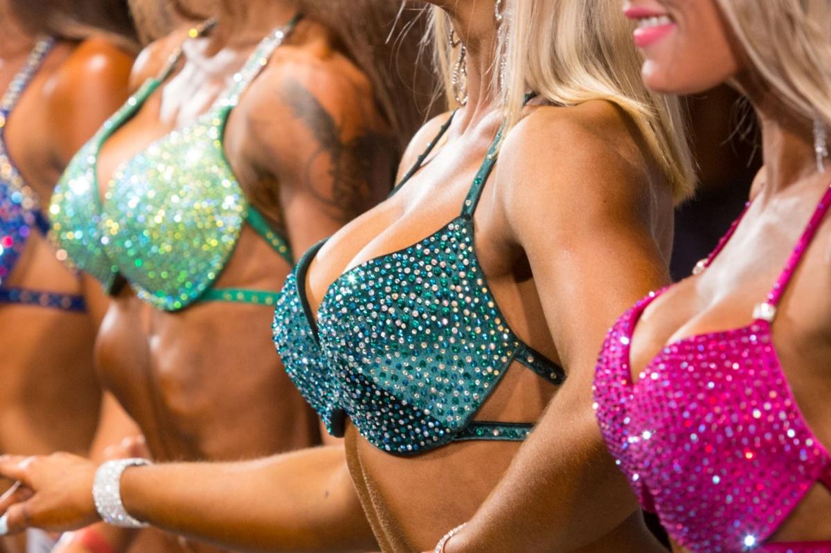 Операции по изменению груди — самые популярные