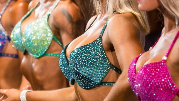 Режут грудь без лицензии: в Челябинске клиника пластической хирургии пожаловалась на 6 конкурентов