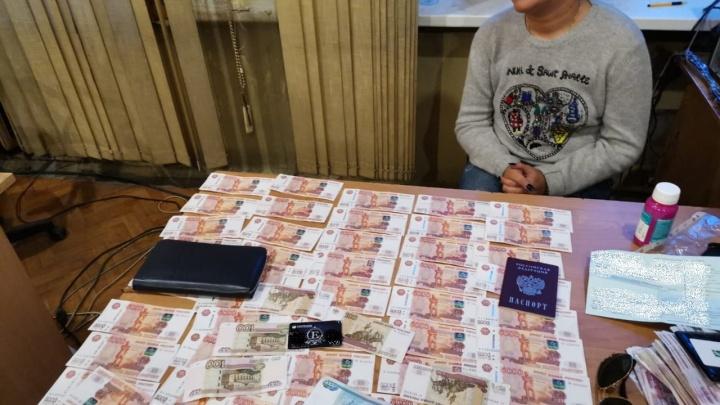 Ущерб — более 3 миллионов: полицейские поймали лжериелтора, торговавшего квартирами в Екатеринбурге