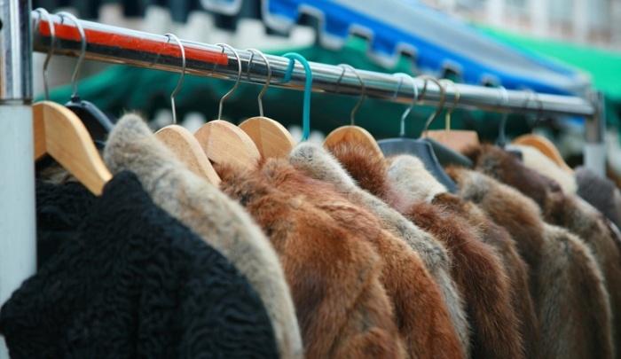 По Красноярску в магазинах изымают шубы без документов