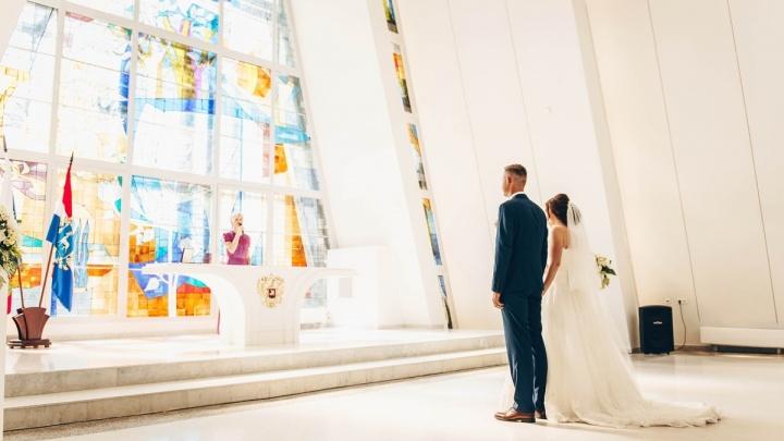 Самарским влюбленным разрешили пожениться в «красивые даты»