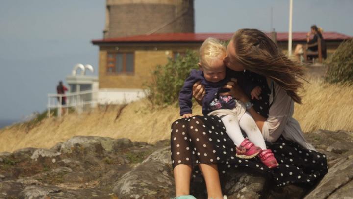 «Он забрал меня с собой»: семья с маленьким ребенком доехала из России до Африки на велосипедах