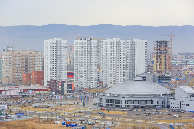 Вкладка «Спальный район» показывает участки Красноярска с максимальным количеством квартир. Создатели сервиса говорят, что этот инструмент —для тех, кто рассчитывает работать с потребителями, которые живут в районе: на владельцев аптек, магазинов у дома, школьных товаров
