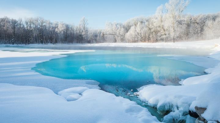 Лазурный берег по-самарски: смотрим завораживающие фото зимнего Серного озера
