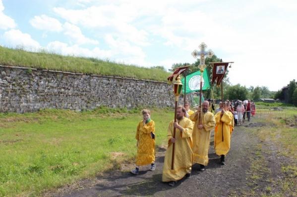 Верующие поклонятся местам, где раньше стояли храмы при крепости