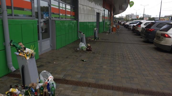 После концерта Тимати в Челябинске дворы элитного ЖК превратились в помойку