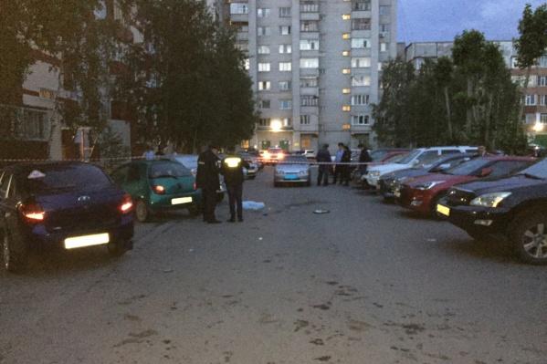 Убийство произошло в одном из дворов Сургута