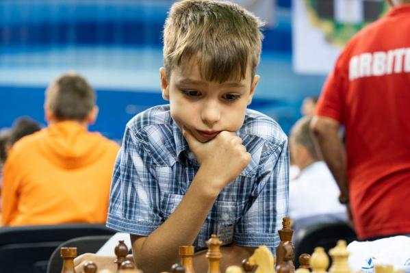 Егор Кошулян занимается в челябинской школе олимпийского резерва № 9
