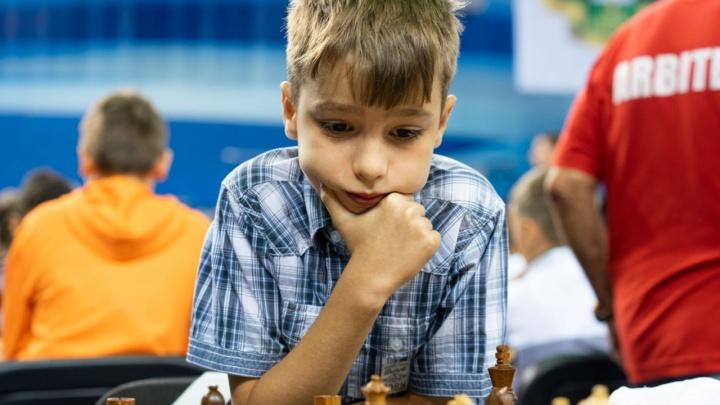 Школьник из Челябинска стал чемпионом мира по быстрым шахматам