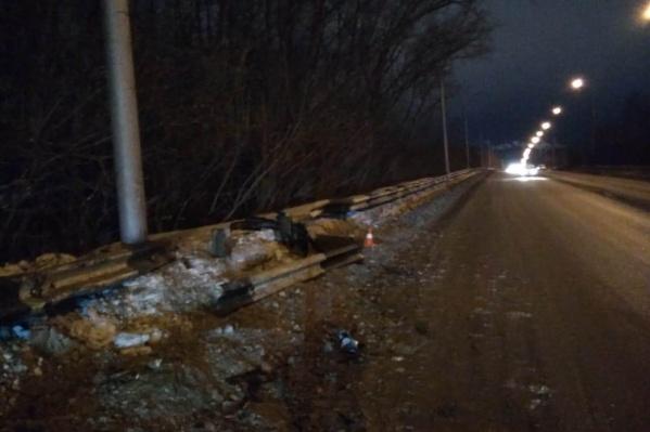 По информации ГИБДД, 25-летний водитель иномарки был в алкогольном опьянении