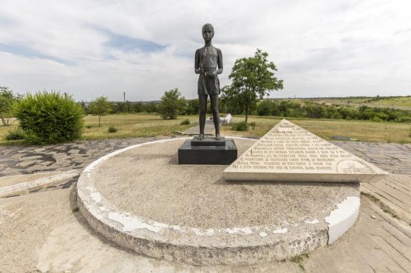 Состояние памятника давно требует ремонта