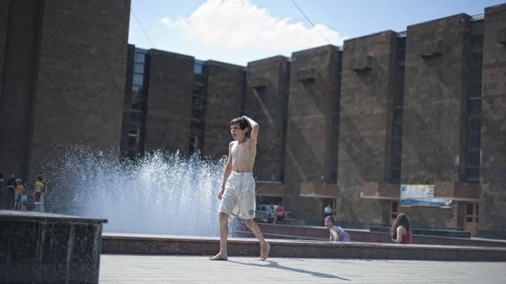 Стала известна дата запуска уличных фонтанов в Ростове