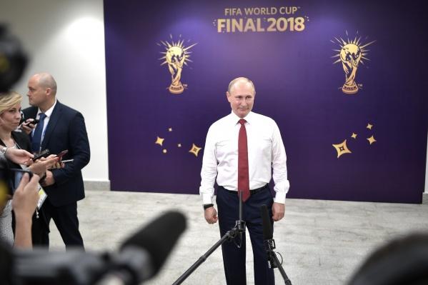 Путин собирается встретиться с тренером и со всеми футболистами сборной России