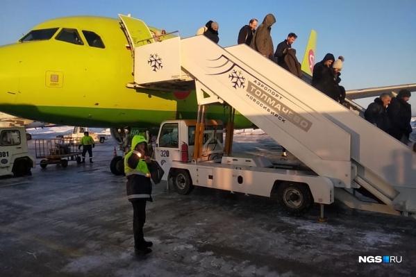 Причины возврата самолёта в Толмачёво неизвестны