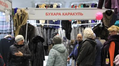 Для гостей — дороже: сколько стоит торговое место на Маргаритинке и как «купцы» оценивают ярмарку