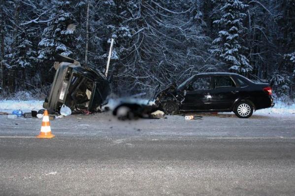 В страшной аварии погибли три человека