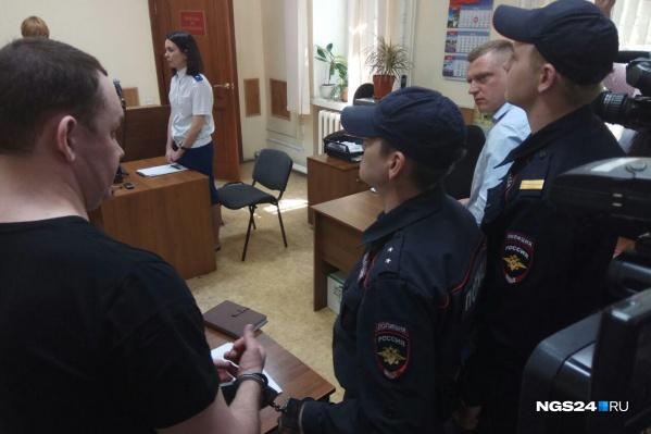 Аркадия Волкова взяли под стражу в зале суда
